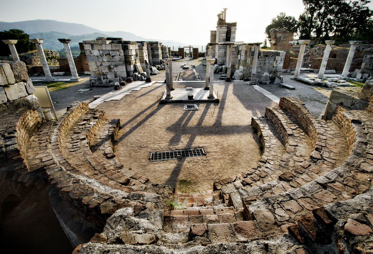 Basilica-of-St-John-With-Grate-Left-In-Selcuk-Izmir